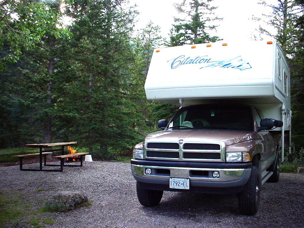 Camping Zelt Heiratsantrag
