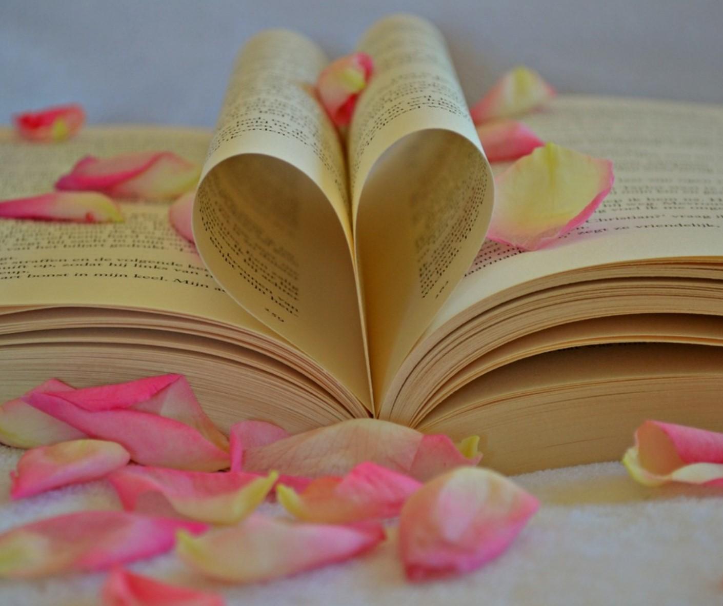 Heiratsantrag Blütenblätter